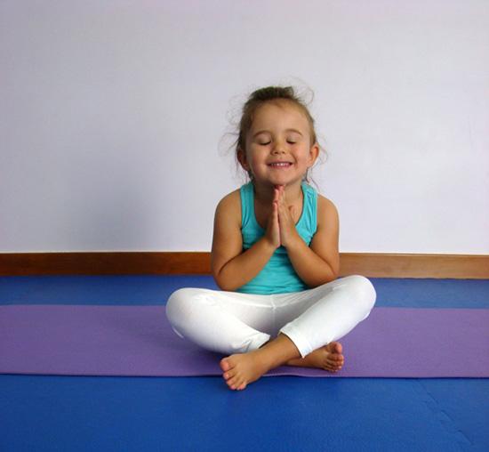 Sara no Yoga Mandir (2014)